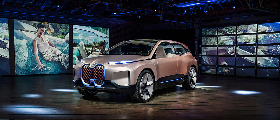 WHY BMW CONSIDERS EUROPE A DRIVERLESS CAR LATECOMER