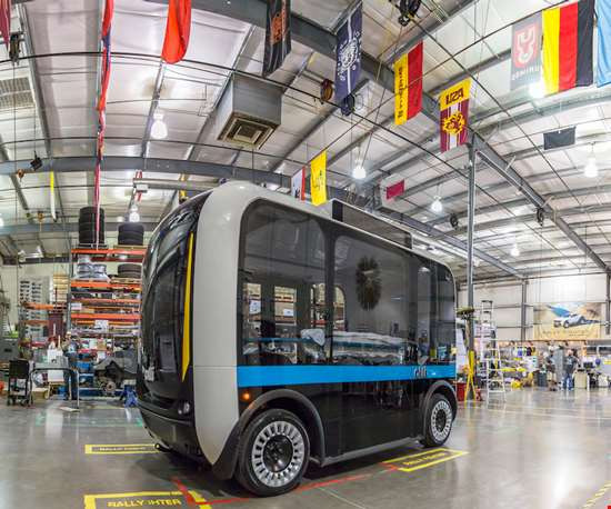 Self-Driving Shuttle Built on Giant 3D Printer