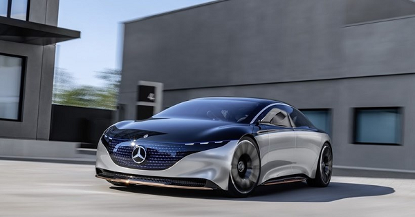 Mercedes-Benz ditches self-driving car development