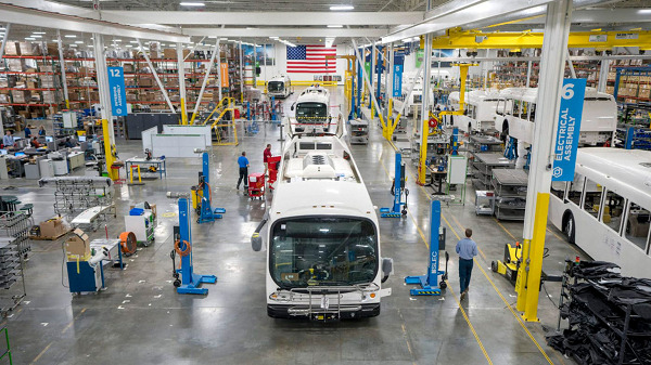 Daimler Trucks invests in Proterra electrification SPAC