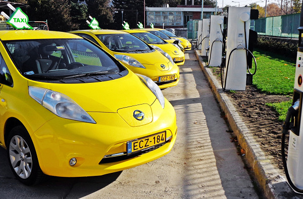 Report: Battery swapping might still boom, for taxis or ride-hailing