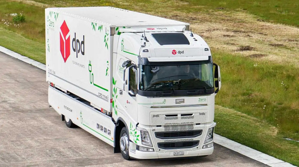 EV Truck Sets Range Record Driving 682.88 Miles/1,099 Kilometers